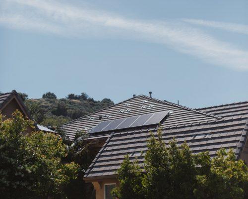 vivint-solar-ZEiFiOsV3K4-unsplash.jpg